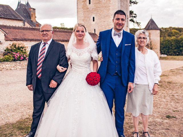 Le mariage de Huseyin et Alice à Saint-Maur, Indre 220