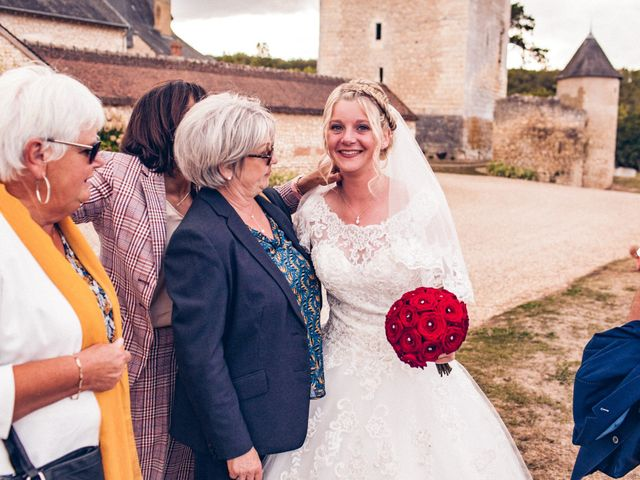 Le mariage de Huseyin et Alice à Saint-Maur, Indre 222