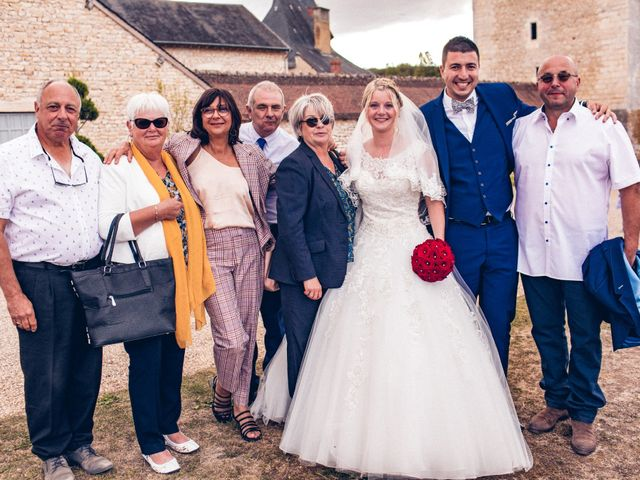 Le mariage de Huseyin et Alice à Saint-Maur, Indre 223