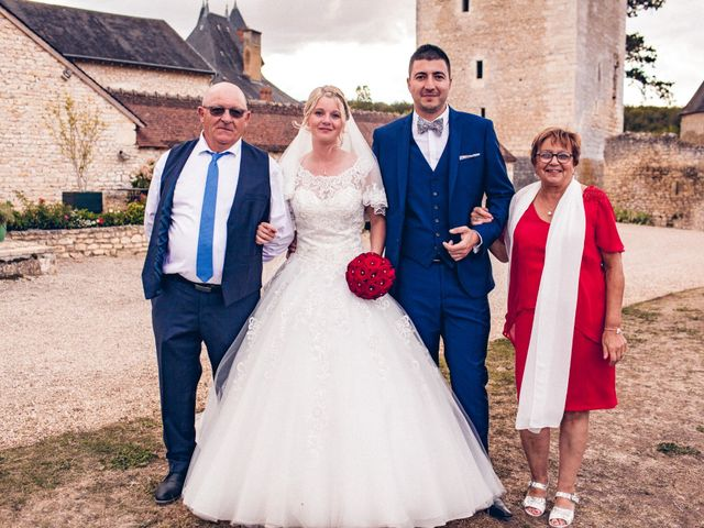 Le mariage de Huseyin et Alice à Saint-Maur, Indre 226