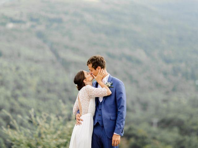 Le mariage de Lara et Tim