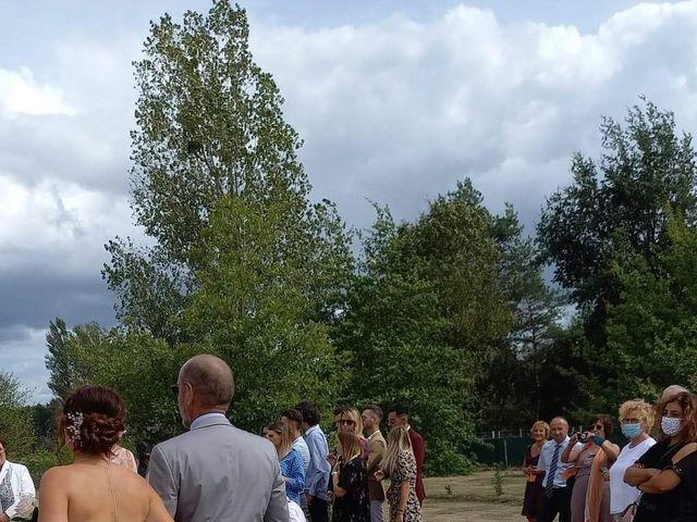 Le mariage de Romain et Estelle à Dhuizon, Loir-et-Cher 6