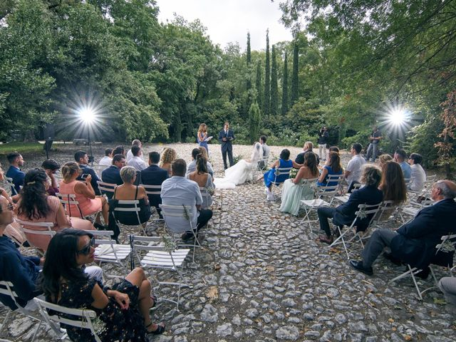 Le mariage de Florian  et Jenifer  à Ventabren, Bouches-du-Rhône 1