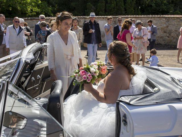 Le mariage de Marion et Anne Sophie à Le Gué-de-Longroi, Eure-et-Loir 1