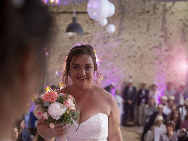 Le mariage de Marion et Anne Sophie à Le Gué-de-Longroi, Eure-et-Loir 7