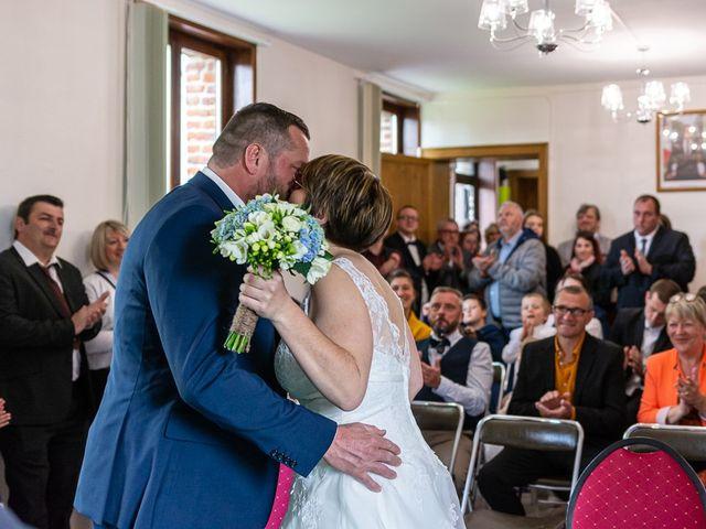 Le mariage de Benoit et Sonia à Louvignies-Quesnoy, Nord 11