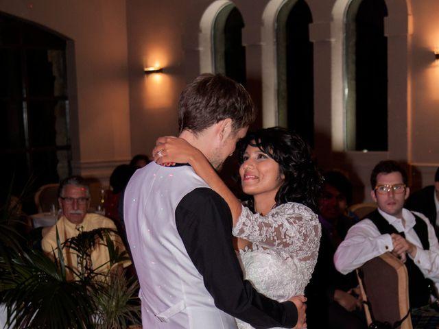 Le mariage de Marc et Ashley à Rochegude, Drôme 11