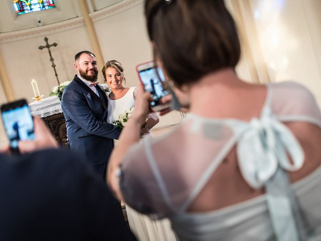Le mariage de Gaël et Hélène à Verlinghem, Nord 12