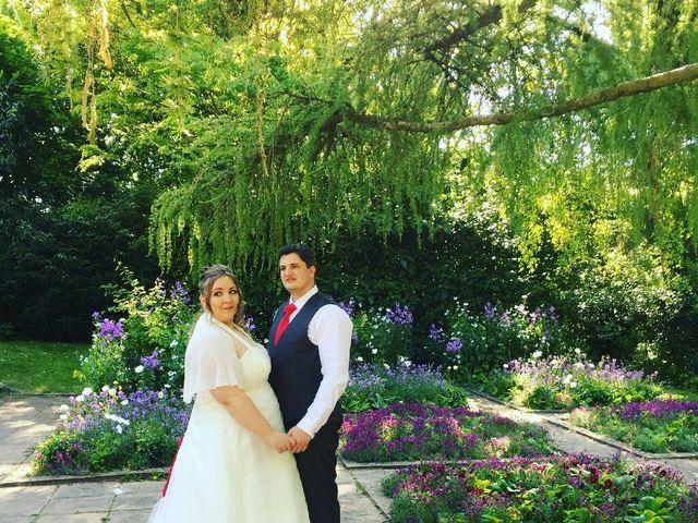 Le mariage de Thomas et Isabelle à Hérouville-Saint-Clair, Calvados 1