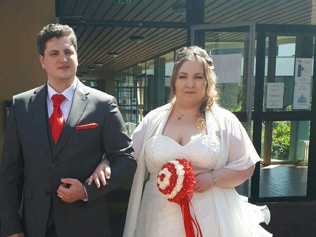 Le mariage de Thomas et Isabelle à Hérouville-Saint-Clair, Calvados 2