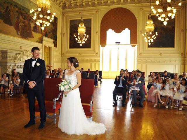 Le mariage de François et Carolina à Tours, Indre-et-Loire 15