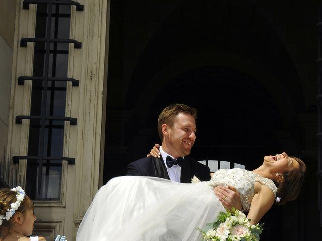 Le mariage de François et Carolina à Tours, Indre-et-Loire 18