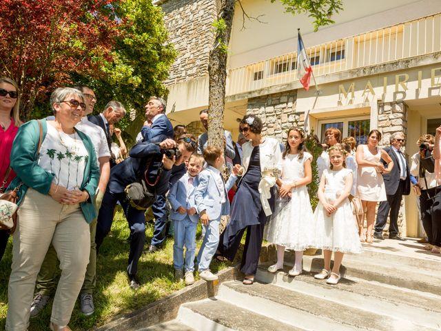 Le mariage de Simon et Elodie à Segreville, Haute-Garonne 56