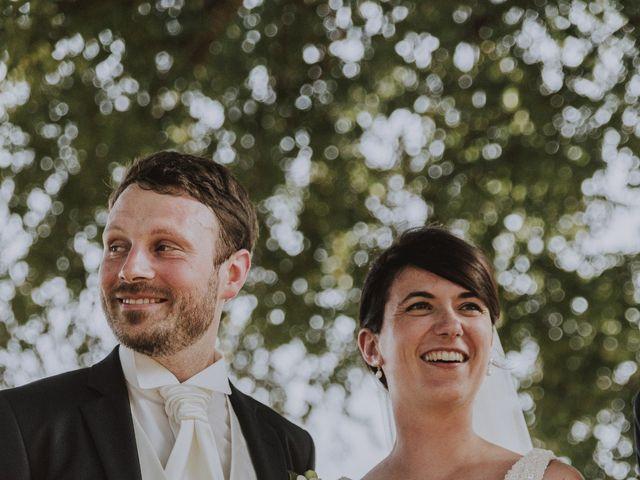 Le mariage de Jean Baptiste et Camille à Condom, Gers 9