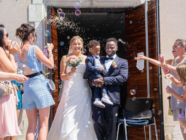 Le mariage de Rahim et Isabelle à Reignier, Haute-Savoie 5