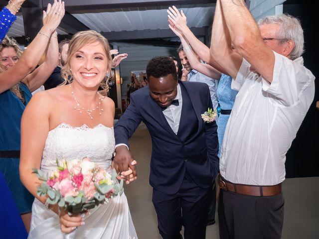 Le mariage de Rahim et Isabelle à Reignier, Haute-Savoie 24