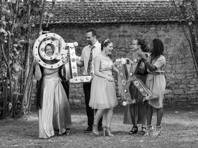 Le mariage de Ludovic et Karine à Rouillac, Charente 32