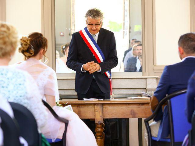 Le mariage de Philippe et Stéphanie à Saint-Laurent-d'Oingt, Rhône 9
