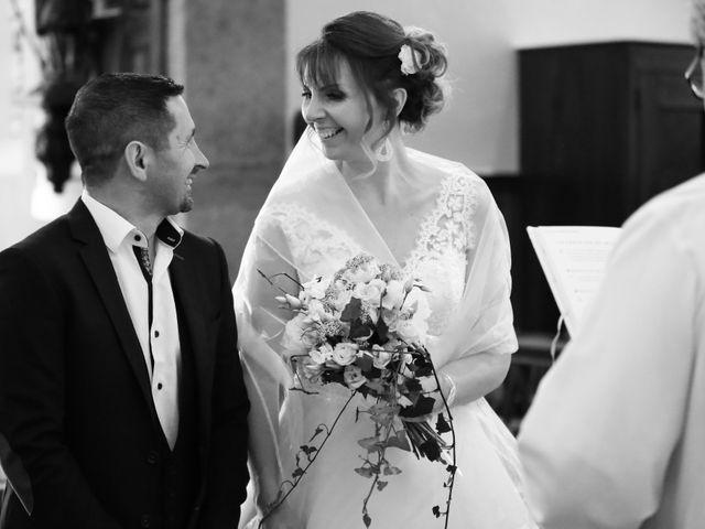 Le mariage de Philippe et Stéphanie à Saint-Laurent-d'Oingt, Rhône 15
