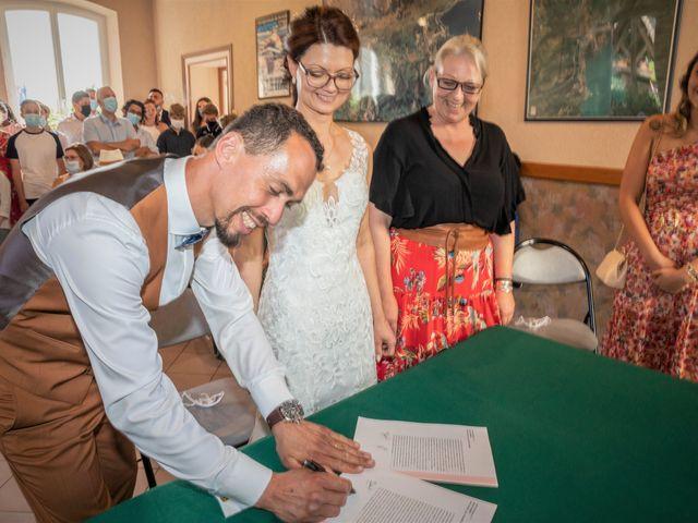 Le mariage de Marc-Antoine et Marine à Nances, Savoie 17