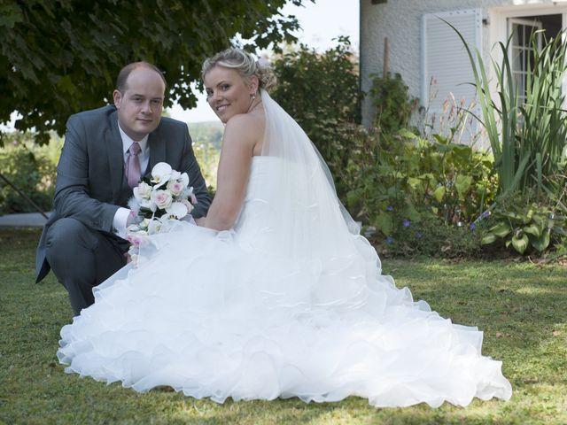 Le mariage de Benjamin et Isabelle à L'Isle-sur-le-Doubs, Doubs 27