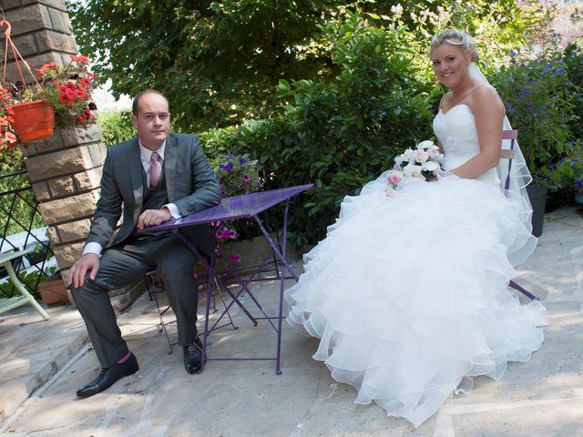 Le mariage de Benjamin et Isabelle à L'Isle-sur-le-Doubs, Doubs 30