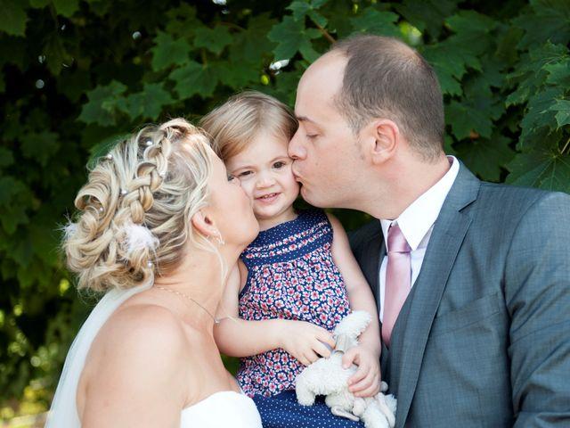 Le mariage de Benjamin et Isabelle à L'Isle-sur-le-Doubs, Doubs 31