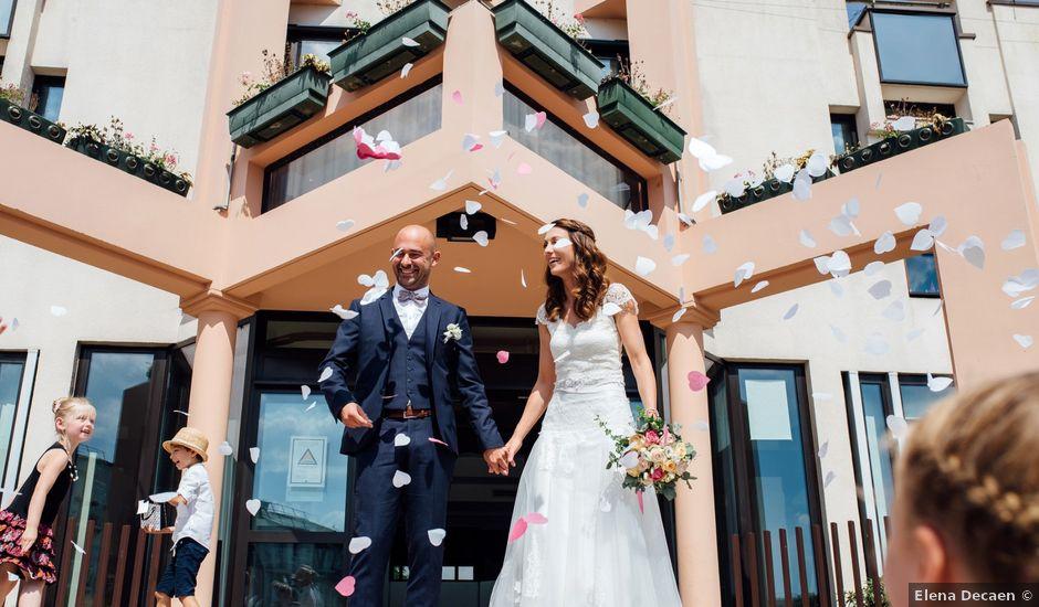 Le mariage de Aurélien et Anne à Jacob-Bellecombette, Savoie