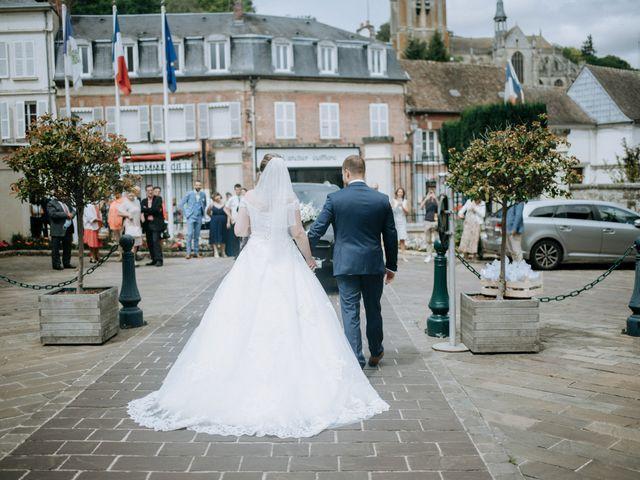 Le mariage de Anthony et Charlène à Lyons-la-Forêt, Eure 4