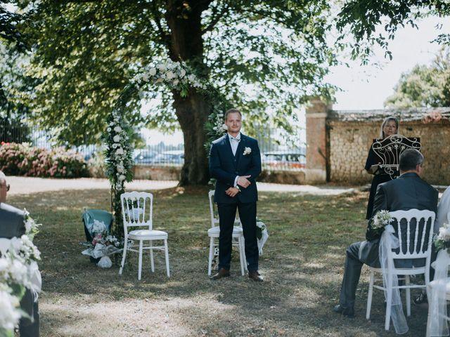 Le mariage de Anthony et Charlène à Lyons-la-Forêt, Eure 13
