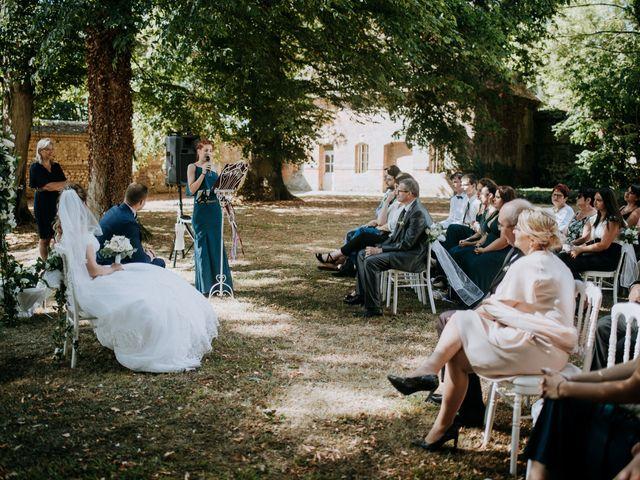 Le mariage de Anthony et Charlène à Lyons-la-Forêt, Eure 25