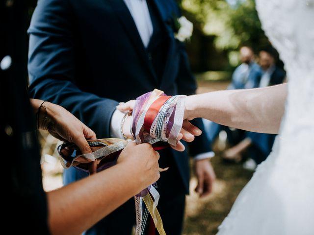 Le mariage de Anthony et Charlène à Lyons-la-Forêt, Eure 29