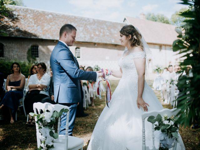 Le mariage de Anthony et Charlène à Lyons-la-Forêt, Eure 32