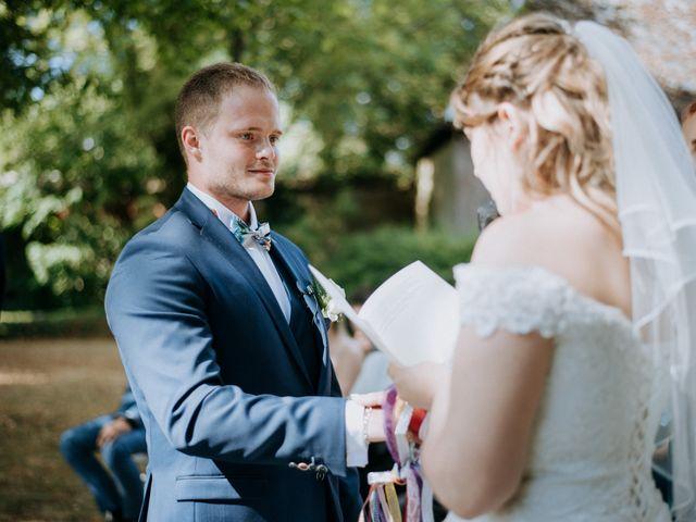 Le mariage de Anthony et Charlène à Lyons-la-Forêt, Eure 34
