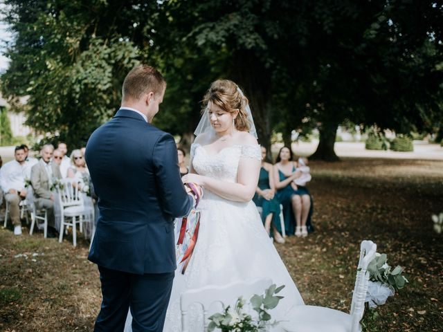 Le mariage de Anthony et Charlène à Lyons-la-Forêt, Eure 38