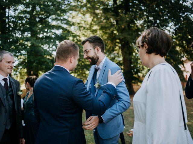 Le mariage de Anthony et Charlène à Lyons-la-Forêt, Eure 51