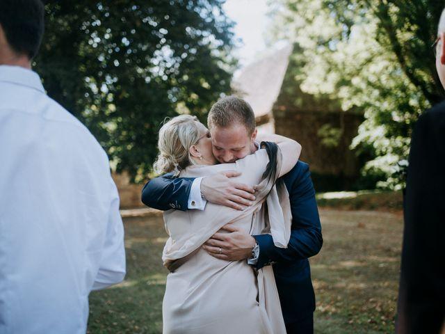 Le mariage de Anthony et Charlène à Lyons-la-Forêt, Eure 56