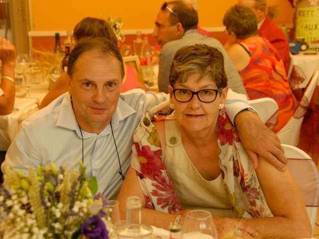 Le mariage de Olivier et Sandrine à Saint-Ignat, Puy-de-Dôme 34