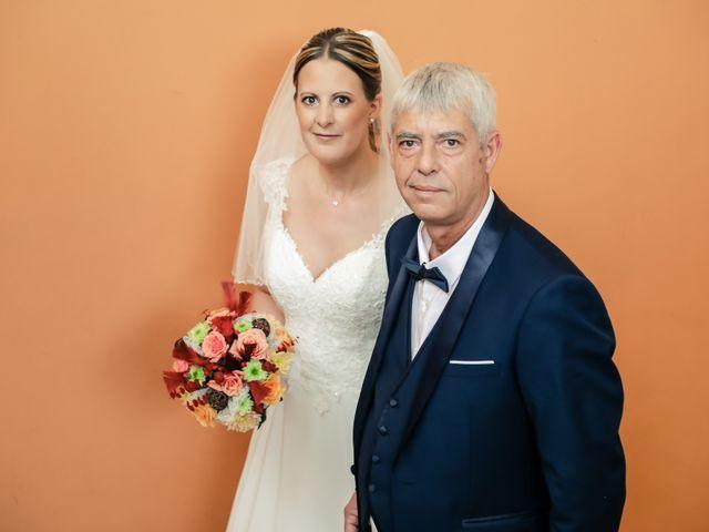 Le mariage de Florian et Amandine à Livry-Gargan, Seine-Saint-Denis 32