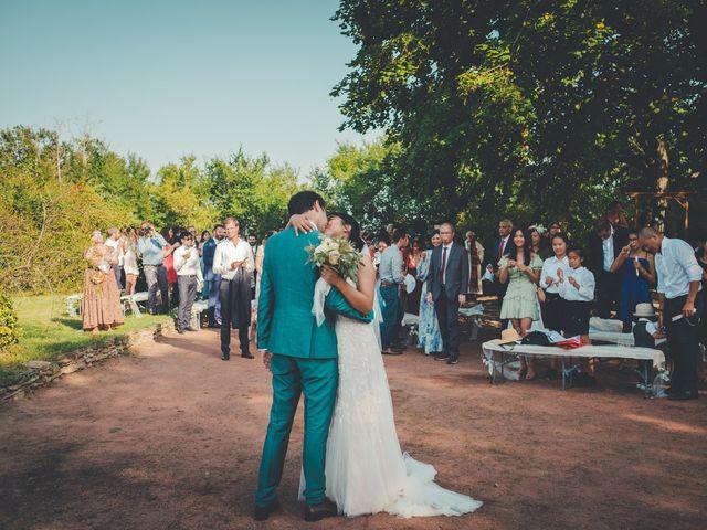 Le mariage de Lucie et Emmanuel à Savigneux, Loire 70