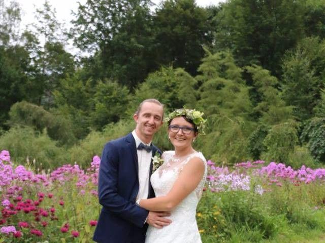 Le mariage de Romain et Amandine à Granges-sur-Vologne, Vosges 5