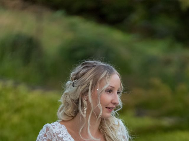 Le mariage de Benoit et Noémie à Thiers, Puy-de-Dôme 3