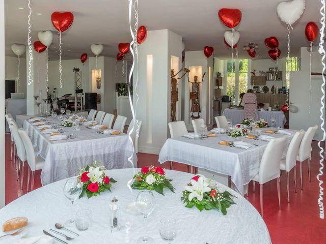Le mariage de Benoit et Noémie à Thiers, Puy-de-Dôme 7