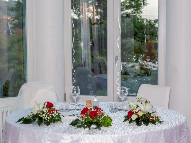 Le mariage de Benoit et Noémie à Thiers, Puy-de-Dôme 8