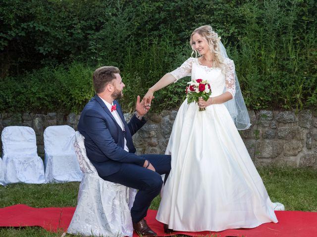 Le mariage de Benoit et Noémie à Thiers, Puy-de-Dôme 19