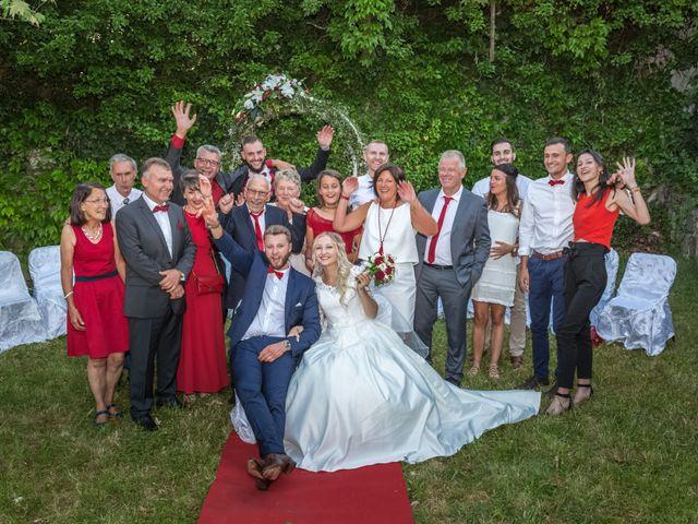 Le mariage de Benoit et Noémie à Thiers, Puy-de-Dôme 20