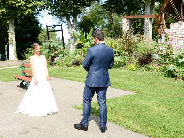 Le mariage de Maxime et Marina à Chaveyriat, Ain 5