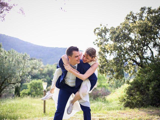 Le mariage de Sylvain et Fanny à Draguignan, Var 30