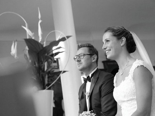 Le mariage de Alexandre et Charlotte à Hem, Nord 14