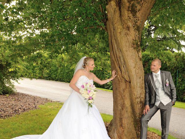 Le mariage de Jordan et Sophie à Stiring-Wendel, Moselle 15